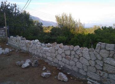 Κατασκευή τοιχίου με Πέτρα στην Κέρκυρα